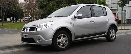 Renault Sandero Luxe - Foto: Cosas de Autos Blog