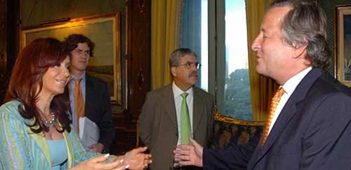 Cristiano Ratazzi y Cristina Fernández el día que el titular de Fiat le comunicó el anuncio de la inversión - Foto: La Voz del Interior