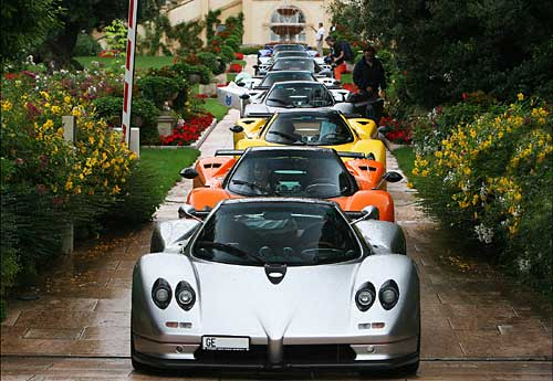 Vanishing Point Pagani 2008