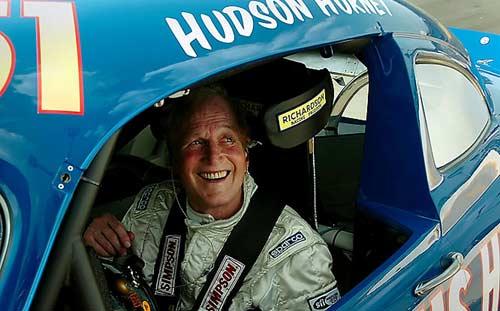 Paul Newman le puso la voz a Doc Hudson en Cars (2006)