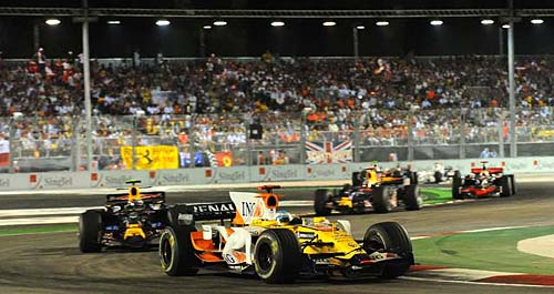 Fórmula 1: Alonso brilló en la histórica noche de Singapur