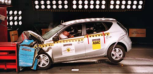 Hyundai i30 crash test frontal - Foto: Euro NCAP