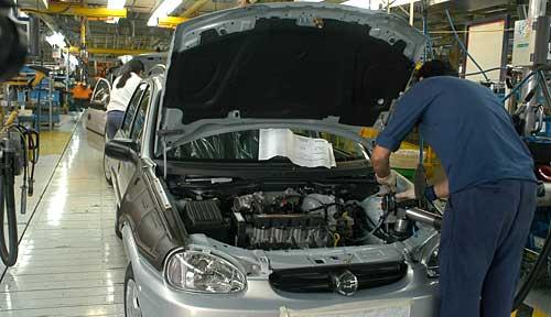 Línea de ensamblaje del Chevrolet Corsa Classic en Argentina