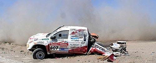 Así quedó la camioneta del español Josep Nicolás González - Foto: El País.