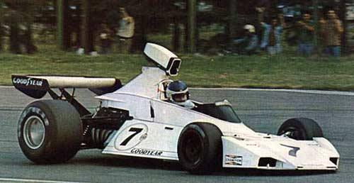 Carlos Reutemann en su Brabham-Ford BT44 en Buenos Aires
