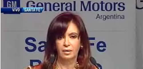 Cristina Fernández en su visita a GM Argentina. Imagen de TV.