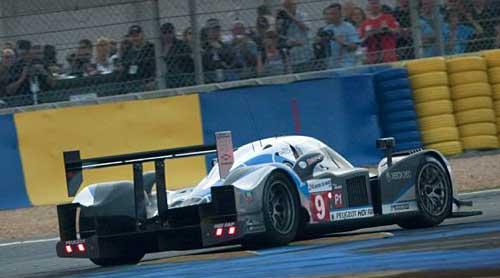 El Peugeot de David Brabham, Marc Gené y Alexander Wurz hizo historia en Le Mans 09.