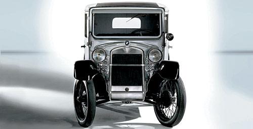 El primer auto producido por la BMW, el R15 PS2 o El Dixi
