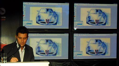 Manu Díaz en la presentación del MiTo - Foto: Cosas de Autos.
