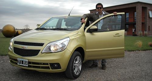 Contacto con el Chevrolet Agile - Foto: Cosas de Autos