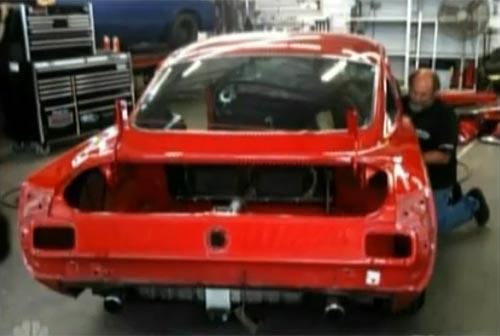 El Ford Mustang que Megan Fox le compró a su novio