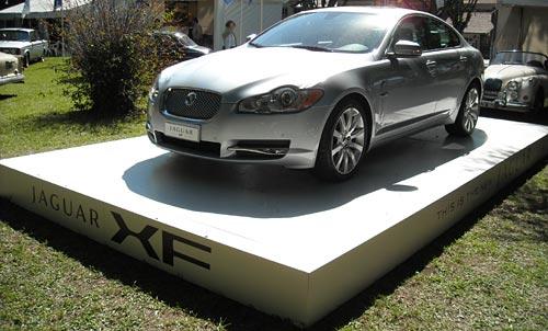 Presentación del Jaguar XF en Autoclasica 2009