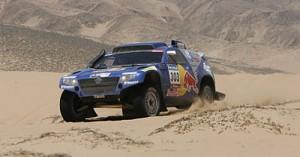 Carlos Sainz lidera el Dakar 2010 en suelo chileno - Foto: Prensa Dakar.