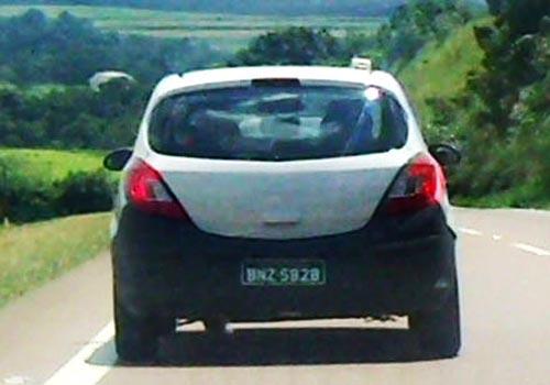 Mulas del Chevrolet Corsa D en las rutas brasileñas - Foto: Interpress Motor