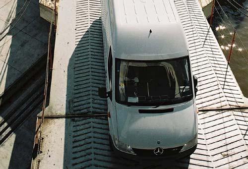 Mercedes-Benz Sprinter viajan a Sudáfrica.