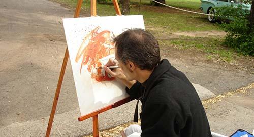 Rafael Varela pintando en vivo