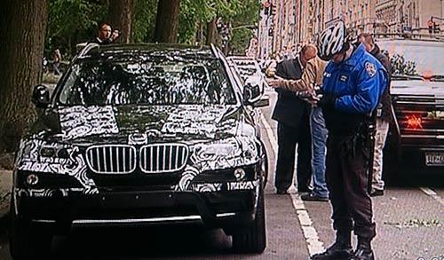 La policía liberó la zona luego de comprobar que era una falsa alarma. Captura de TV
