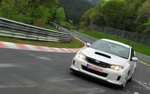 Mäkinen exigió a fondo el Subaru WRX STI en Nürburgring