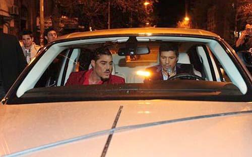 Tinelli y Fort abordo del Rolls Royce Phantom del empresario mediático. - Foto: Ideas del Sur