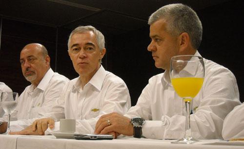 Barba, Ardila y Rocha con la prensa argentina.