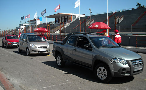 Fiat Strada Doble Cabina - Foto: Cosas de Autos Blog