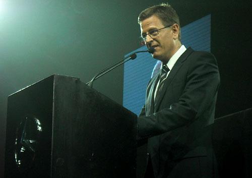El presidente de Mercedes-Benz Argentina, Roland Zey