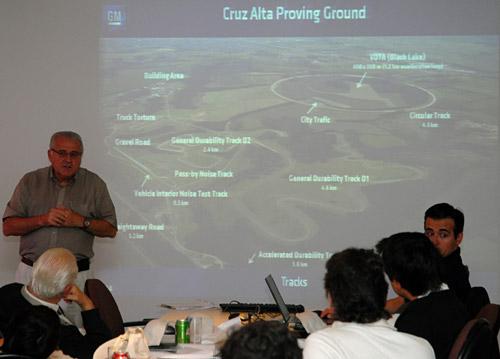 Pedro Manuchakian, el Jefe de Ingeniería de GM do Brasil y dueño de casa, nos cuenta los detalles del lugar.