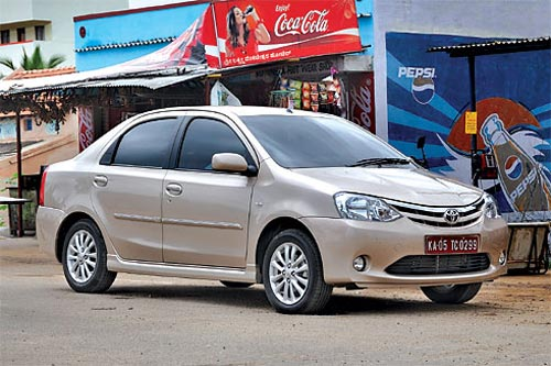 Toyota Etios -  Fotos: Autocar India