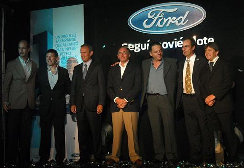 Brindis de fin de año de Ford