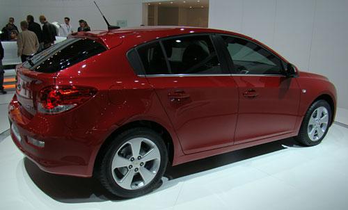 Chevrolet Cruze HB5