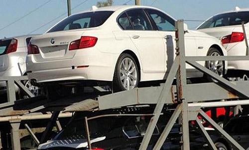 Unidades BMW en la Aduana. Foto: Perfil.