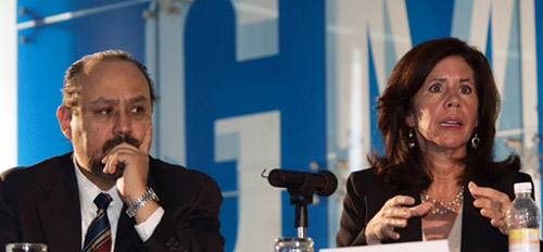 Ernesto Hernández junto a Grace Lieblein. - Foto: Zócalo
