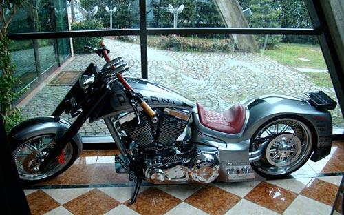 Una moto creación de Pagani.