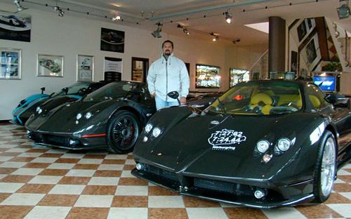 En la recepción de Pagani Automobili.