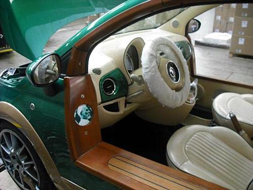 El Fiat 500 eléctrico de Khadafy diseñado por Castagna.