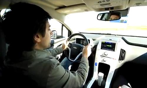 Cosas de Autos en el Green Test Drive del Chevrolet Volt en el autódromo de La Plata