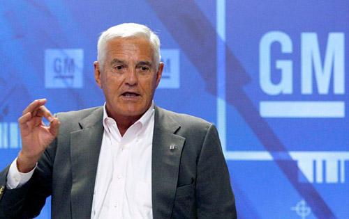 GM nombra asesor al legendario Bob Lutz