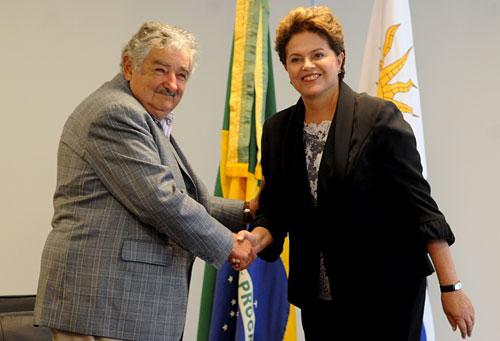José Mujica, presidente de Uruguay, y Dilma Rousseff, presidente de Brasil