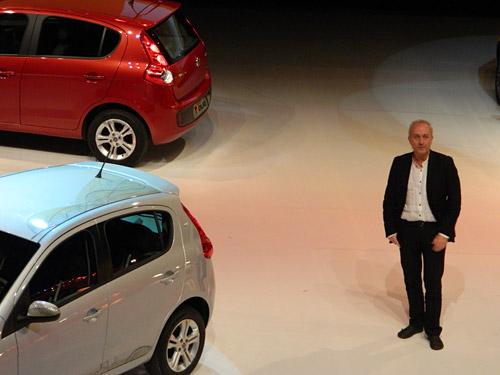 Roberto Giolitto y el Nuevo Fiat Palio 2012