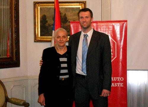 La Embajadora de Serbia, Gordana Vidovic, y Marko Zoric, Director de Zeder América Latina.