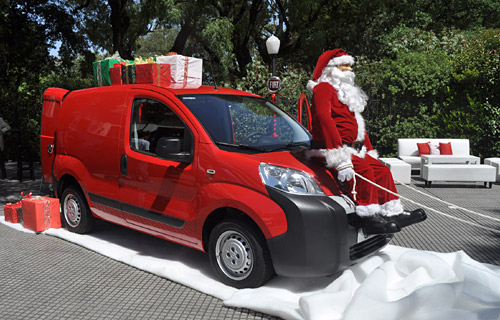 Fiat Qubo con Papá Noel