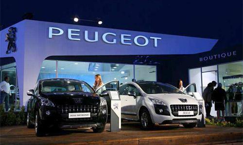 Stand de Peugeot en Pinamar
