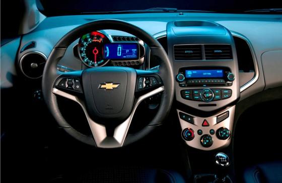 Interior del Chevrolet Sonic.