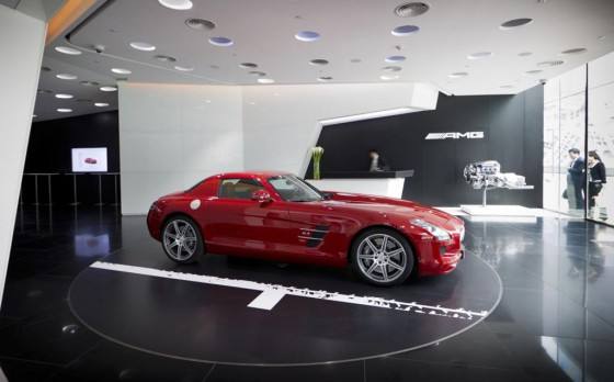 El primer concesionario exclusivo de AMG inauguró en China.