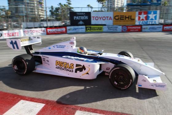 Guerrieri venció en Long Beach y sueña con la Fórmula 1.