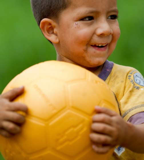 Chevrolet donará un millón y medio de pelotas al proyecto One World Football.