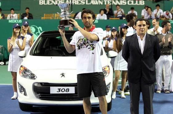 El 308 seguirá siendo el Auto Oficial de la Copa Davis en su paso por Argentina.