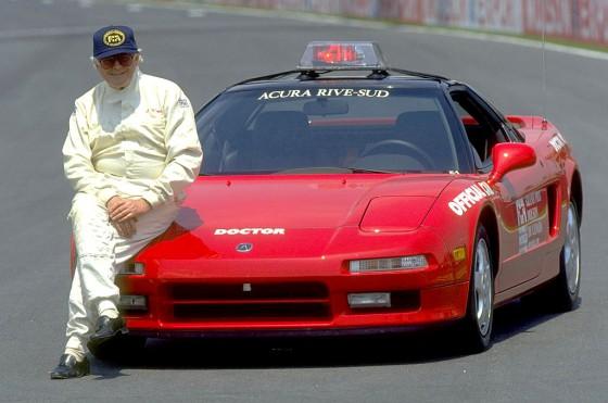 Sid Watkins y su Acura usado como Doctor Car en los 90´s.