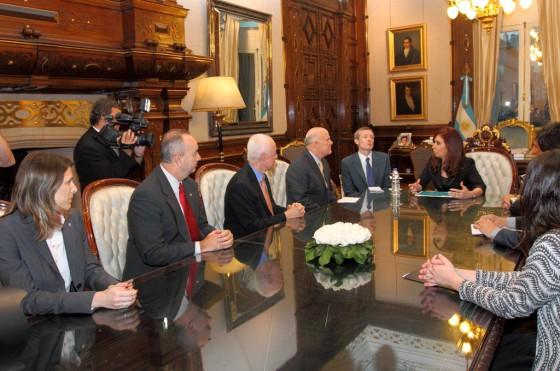Costantini, Bingolo. Ardila y Akerson junto a Cristina Fernández.