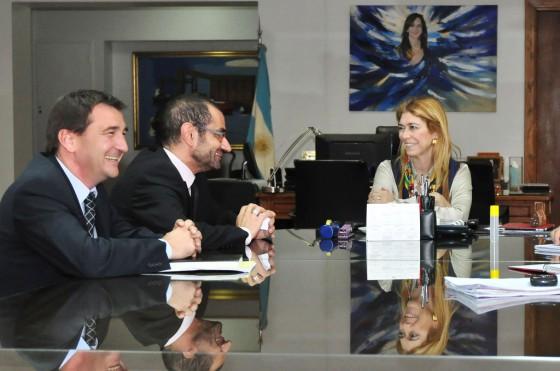Débora Giorgi junto a Thierry Koskas, nuevo presidente de Renault Argentina.
